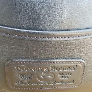 Dooney & Bourke Bags - Vintage Authentic Dooney & Bourke Crossbody